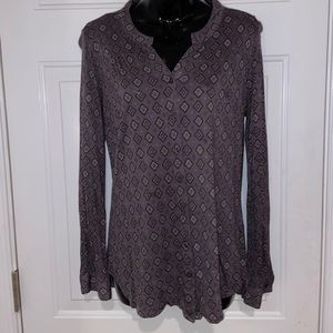 Kenneth Cole Button up blouse euc size medium